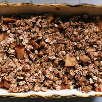 healthy apple crisp, apple crisp, dessert, healthy dessert,
